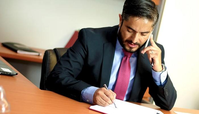 Como ter sucesso na advocacia e negociar bem para crescer na carreira